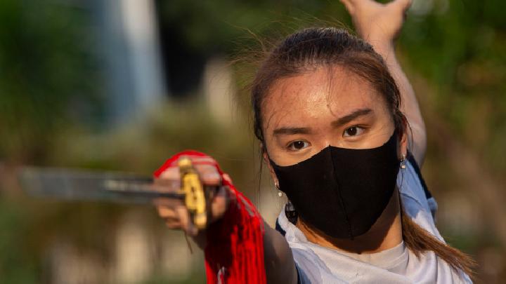 Persiapan PON XX Papua, Atlet Wushu Tetap Latihan saat Pandemi